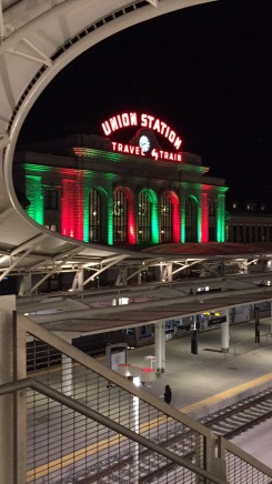 union station holiday lights