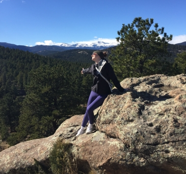 hikes for beginners and visitors outside denver colorado